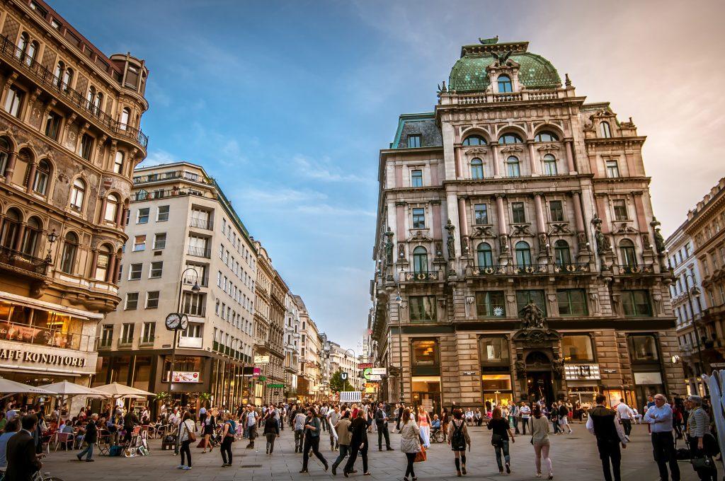 העיר וינה שוקקת חיים